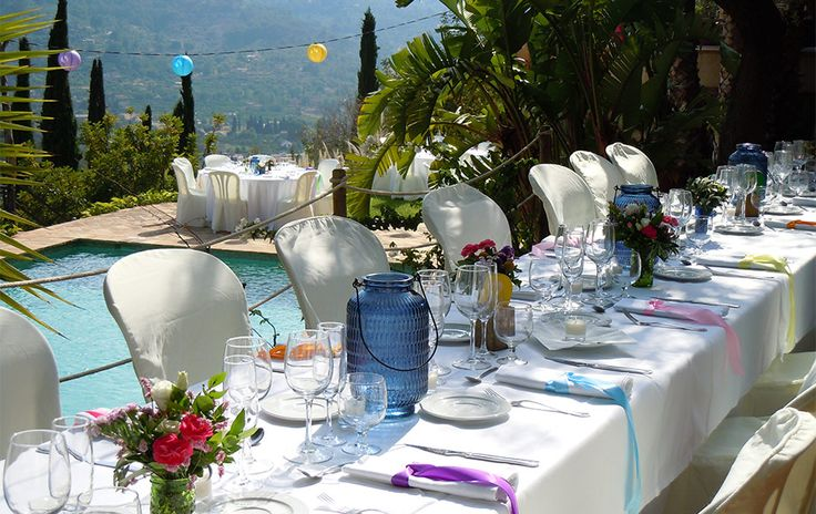 Long tables white and color- wedding Mallorca- wedding Soller- Napkin with color ribbon