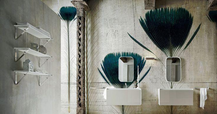 Vinyl and fiber glass wallpaper | La piuma dell'animale più regale, un tocco indelebile di eleganza e raffinatezza ad ogni ambiente.