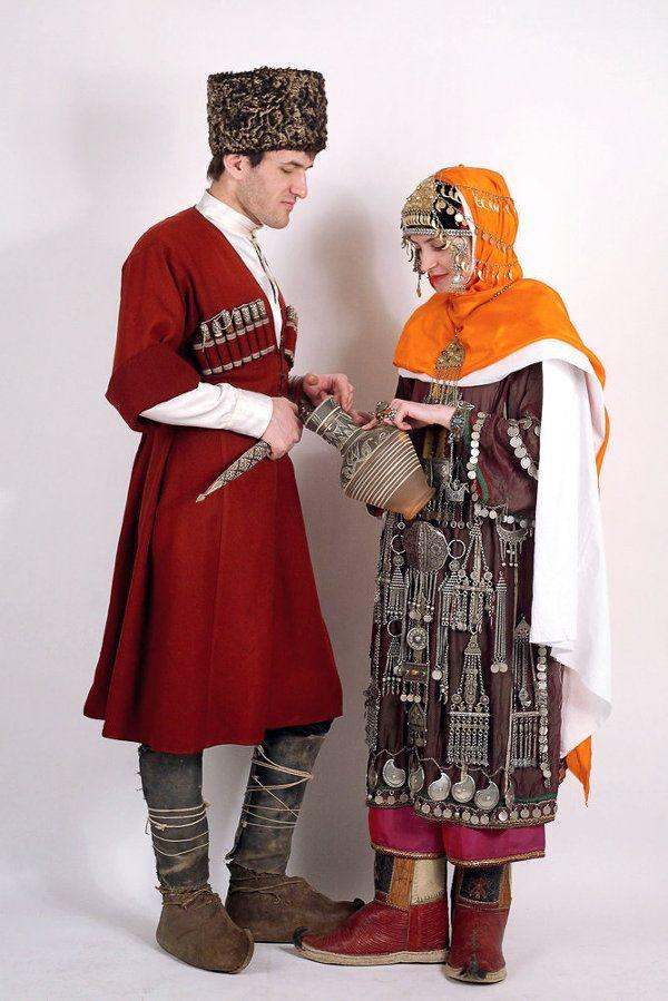 Национальные костюмы дагестана картинки