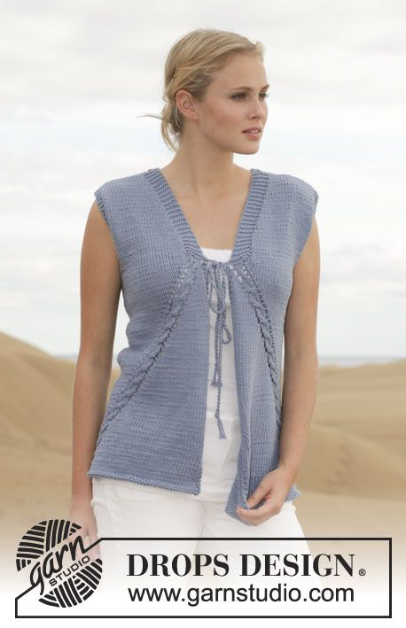 "Knitted DROPS vest with cables and lace pattern in ""Paris"". Size: S - XXXL. ~ DROPS Design"