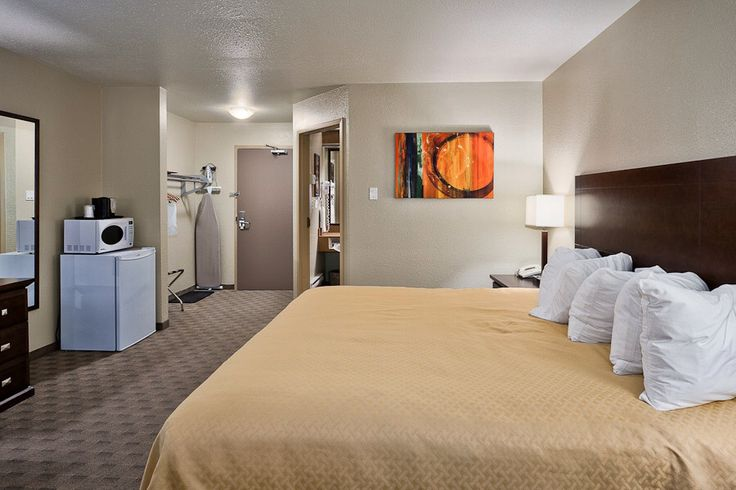 Quality Inn #Winkler is within walking distance of restaurants and a shopping centre, so you're never far away from a good time! Call (204) 325-4381 to book your stay now! #hotels #travel #tourism #manitoba #canada #prairies #westman