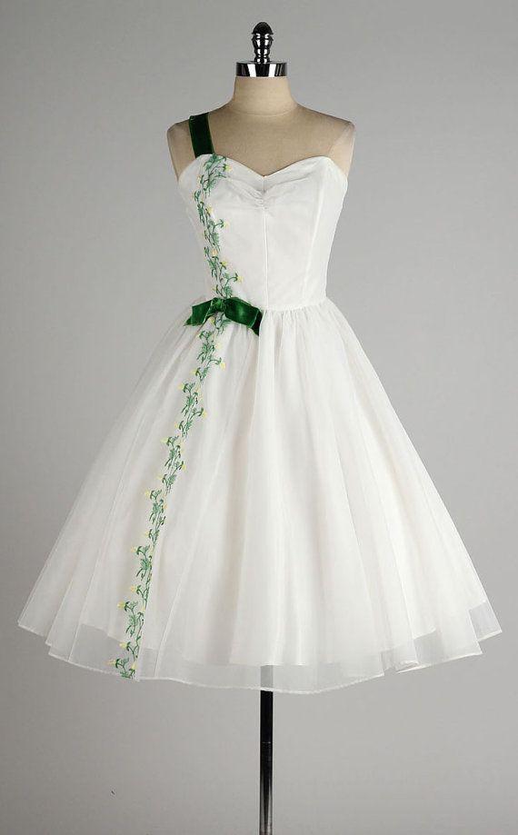 970 best Fashion: 1950s images on Pinterest | Vintage dresses, 50s ...