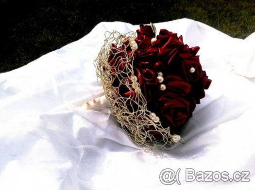 svatební, saténová kytice - bordó - vínová - vínově červená - 1