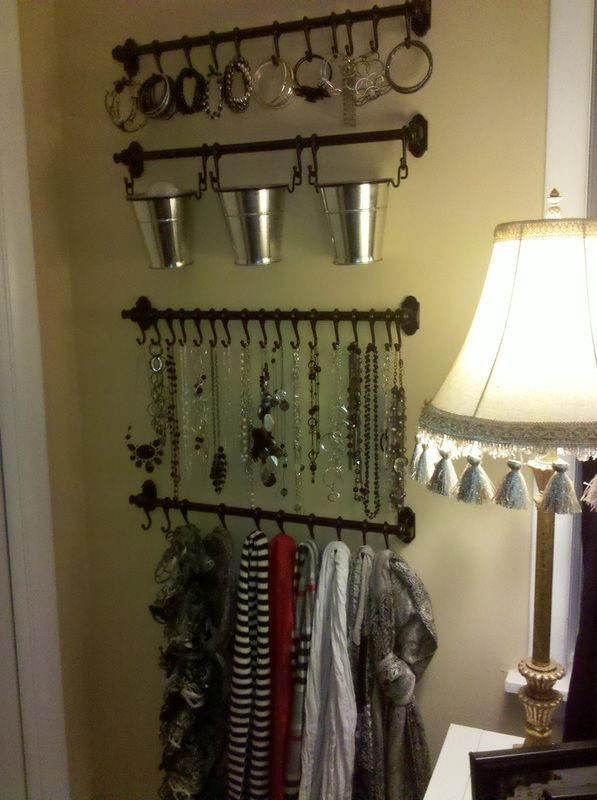 Control the Clutter: Jewelry & Scarf organization.