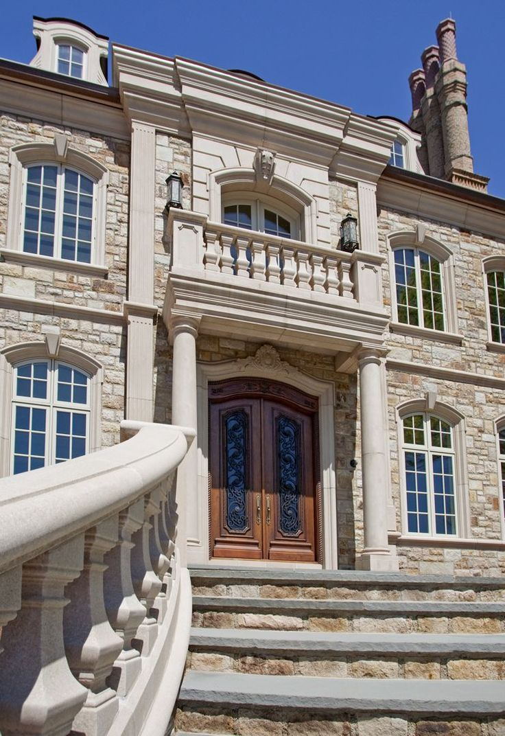 Showcase The Chateau Custom Luxury Mansion With