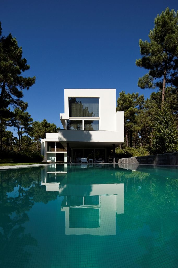 HOUSE II by ARX Portugal Arquitectos
