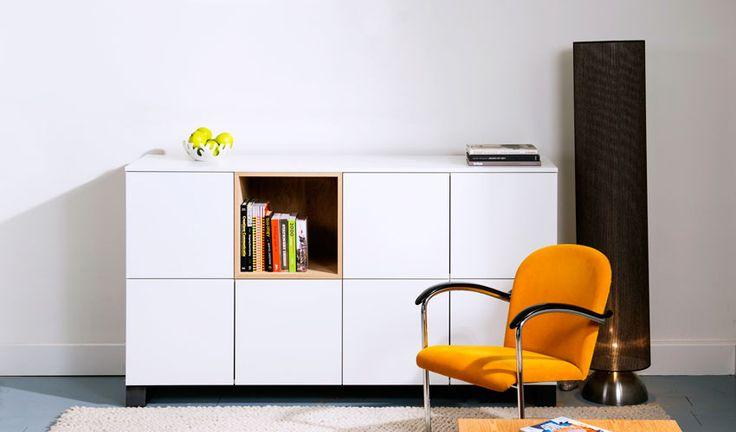 Modern met een stoere twist, dat is ons dressoir Julia! Haar ontwerp is modern waarbij de kleur wit centraal staat. Maak kennis met Julia  op http://100procentkast.nl/kasten-op-maat/dressoir/dressoir-julia/