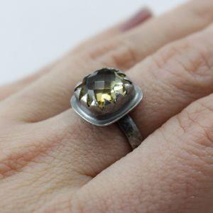 Fasetowany cytryn w srebrze - pierścionek - ChileArt