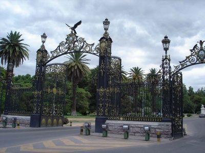 Portones del Parque General San Martín de Mendoza
