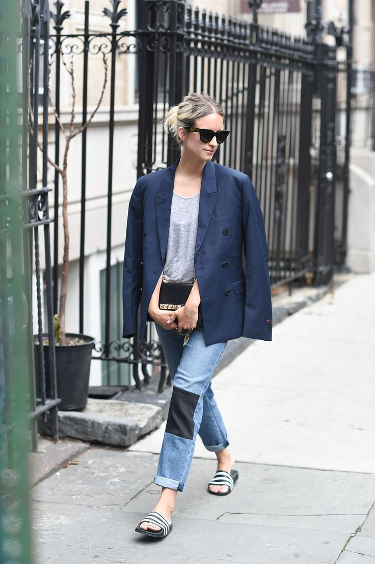 Wonderfully crisp, simple, and practical, slip-on sneakers are a more casual and sporty version of a loafer or lace-less oxford rather than sporty kicks. This is a great footwear choice if you wish to look sporty without losing the sophisticated and chic...