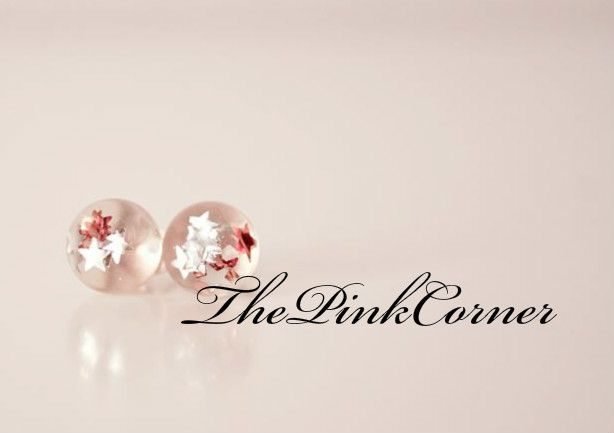 Crystal clear resin stud earrings with little sparkling stars https://www.facebook.com/media/set/?set=a.801464386550439.1073741840.181333861896831&type=1