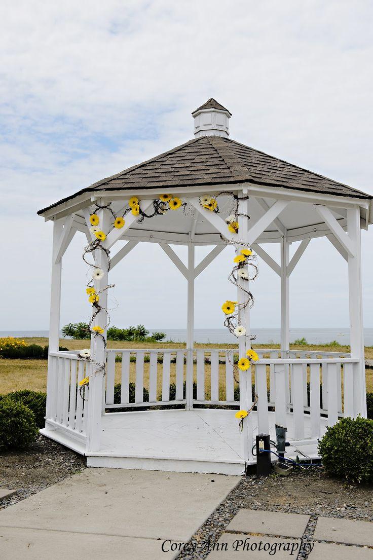 Texas Life: Yellow Wedding Gazebo Decorations