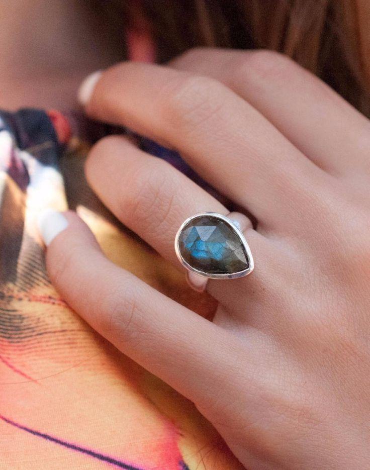 Pitangueiras Rainbow Labradorite Ring ~ MR027