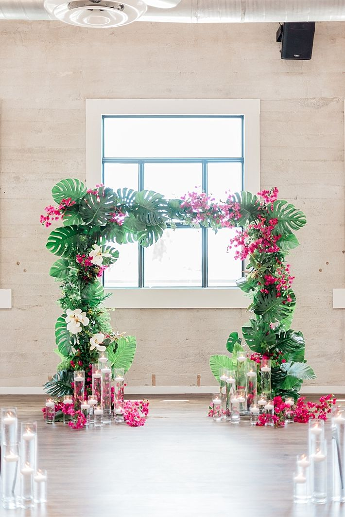 Southern California Bride: Modern Tropical Wedding Inspiration with…