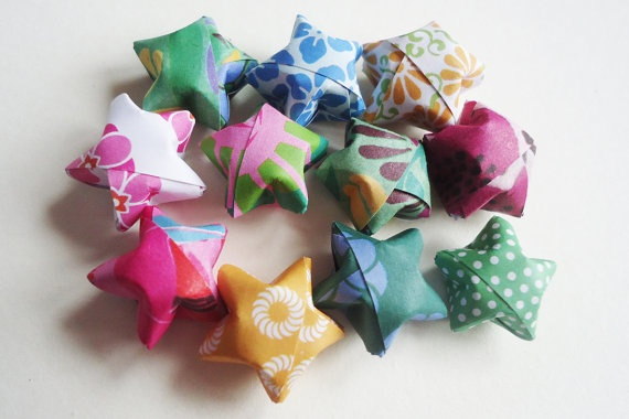 Lucky Origami Stars  CHOOSE YOUR MIX  for by FrozenNoteSupply, $2.00: Origami Stars, Lucky Origami, Paperi Things, Birthday Cards, Stars Choose, Etsy Team, Promotion Parties, Etsy Friends, Etsy Treasures