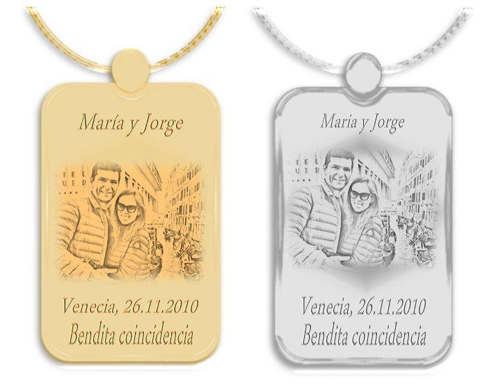 Imagen de ambos en medallas de oro y plata