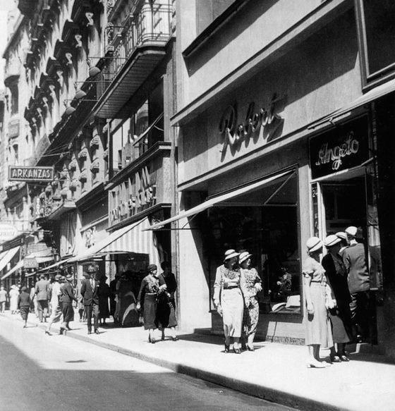 Váci street, Budapest, 1935