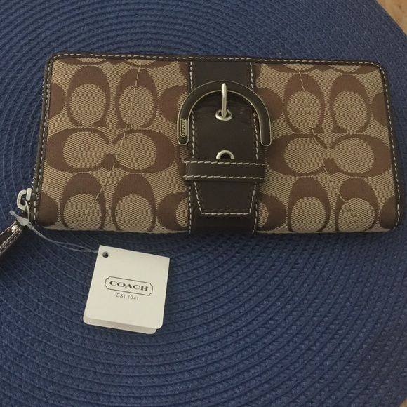 Coach wallet. Brand new never used. Coach wallet original tag attached Coach Bags Wallets