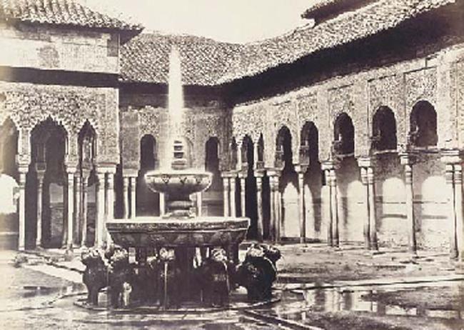 La Alhambra, Granada foto antigua con la fuente original