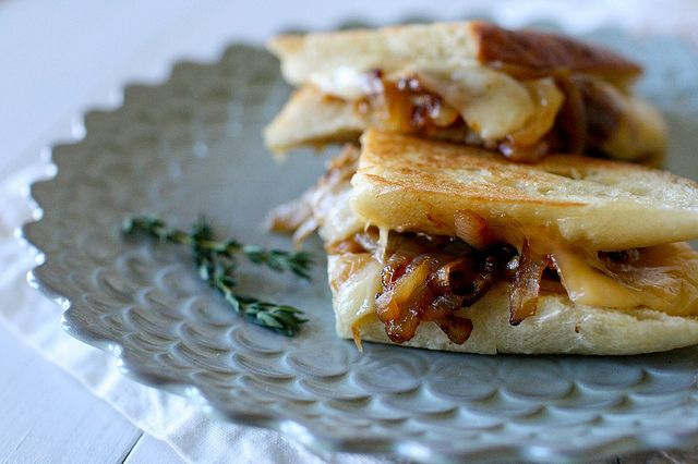 French Onion Grilled Cheese from Annie's Eats  yum!