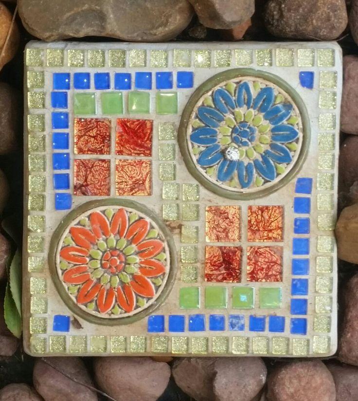 Mosaic syepping stone