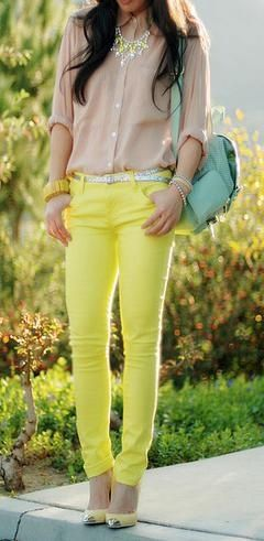 I like the neutrals with neon look!: Spring Color, Yellow Jeans, Color Combos, Yellow Pants, Than, Outfit, Color Jeans, Color Pants, Neon Yellow
