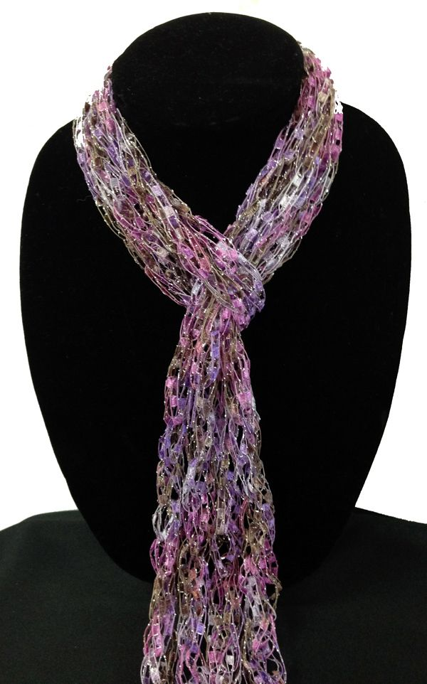 how to make a scarf out of yarn by hand