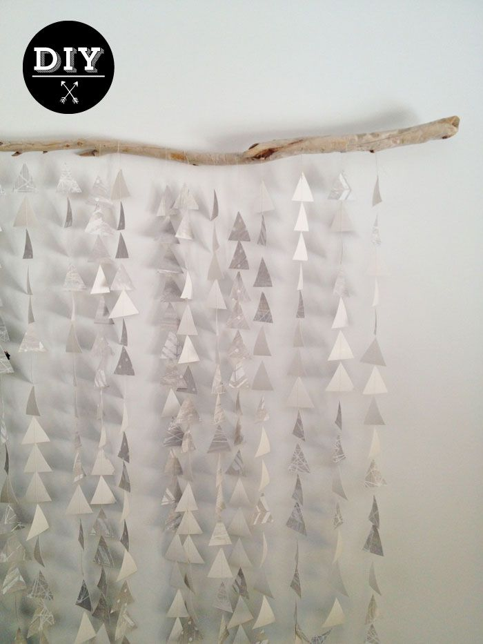 Geometric Backdrop - Stringed triangles for modern background settig. Perfect backdrop & props for holiday photo. Ideas for family portraits & Christmas cards. Creative twist for annual photo of your kids. DIY keepsakes, decorations, scrapbooking, journaling, photography & party photo booths.