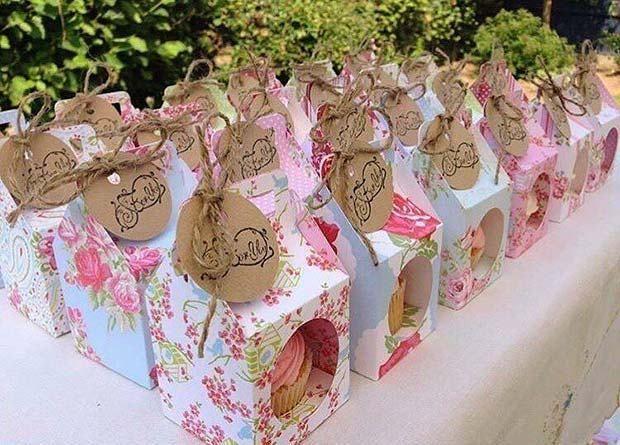 21 Creative Bridal Shower Favor Ideas 6 Cute Cupcake Favors Bridalshowerideas F Bridal Shower Favors Diy Bridal Shower Favors Cheap Bridal Shower Favors