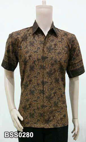 Man shirt from Batik Solo Shop Indonesia. Cotton material. Contact batiksoloshopmail@gmail.com. More collection www.facebook.com/batiksoloshopweb