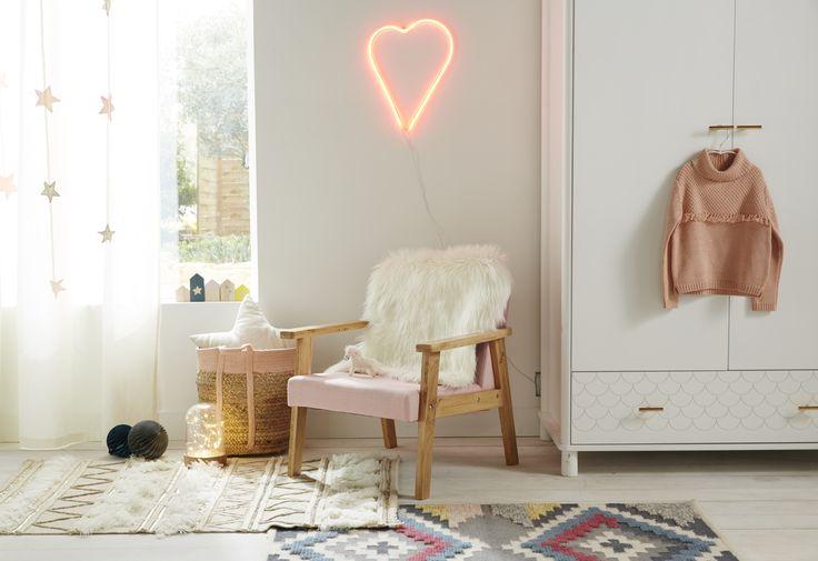 100 best ma chambre de grand images on pinterest room for Neon pour chambre