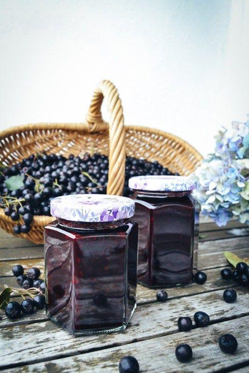 die besten 25 aronia marmelade ideen auf pinterest aroniabeere rezepte erdbeer protein. Black Bedroom Furniture Sets. Home Design Ideas