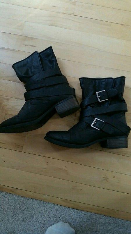 Strappy black moto boots