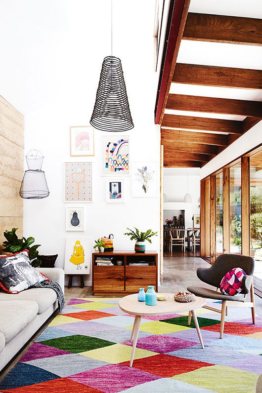 Great geometric colorful rug  photography by lisa cohen and styling by heather nette king for inside out magazine