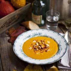 Roast Pumpkin, Coconut And Chilli Soup (via www.foodily.com/r/XaUDwjtR2)