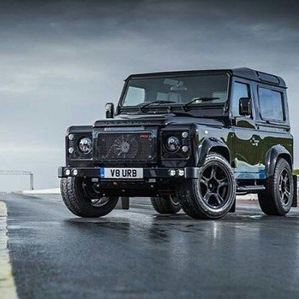 With the Cheltenham gold cup taking place today in the UK  here @finestwhipz  we wanted to to a little British for a moment... Get your bets on guys the big race is fast approaching ... Special thanks to @urbanautomotive - . #antiurban #defender #defender90 #defender110 #urbantruck #urbanautomotive #landrover #carthrottle #ultimatedefender #rangeroversport #car #4x4 #custom #svr #bespoke  #celebritycars #leather #bestofbritish #landroverdefender #recaro #cargasm #autobiography #carporn…