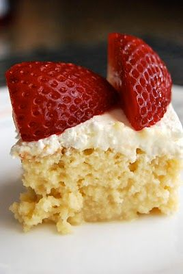 Lovin' From The Oven:Tres Leches Cake - Lovin' From The Oven: Fun Recipes, Big Cakes, Milk Cake, Happy Cinco, Leches Cakes, Cakes Recipes, Tres Leches Cake, May 5, Tres Leche Cakes