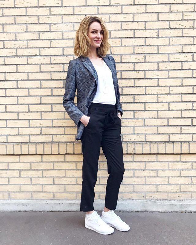 The Kooples Official Paris Thekooples Photos Et Videos Instagram Normcore Fashion Instagram