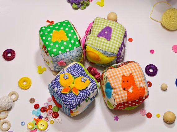 Precio de venta! Juguetes, cubos en vías de desarrollo, actividad juguete, juego, bebé suave sensorial juguete, bloques de actividad de los niños de aprendizaje