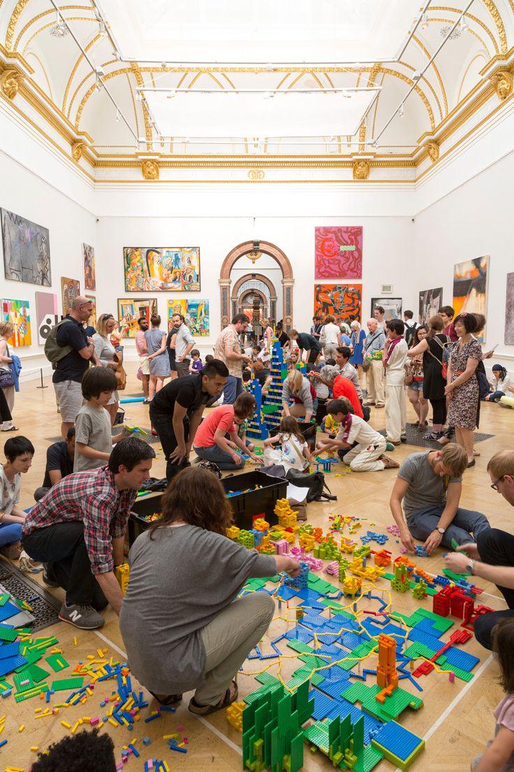 Arte y Arquitectura: Zaha Hadid construye una ciudad de LEGO® para el Festival de Arquitectura de Londres