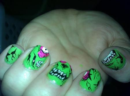 Zombies: Zombie Nails Cool, Clothes 3Hair 3Nails 3, Awesome Nails, Zombie Nail Art, Iron Fist Nails, Zombies Nails, Art Zombies, Cute Nails Chic