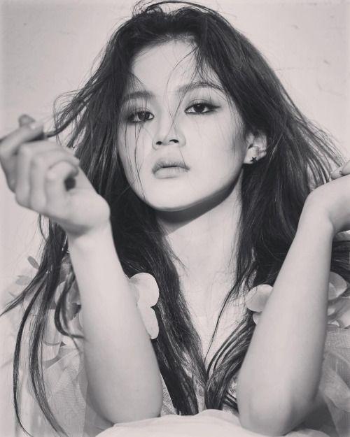 FLYHAYI, International Fansite for Lee Hi