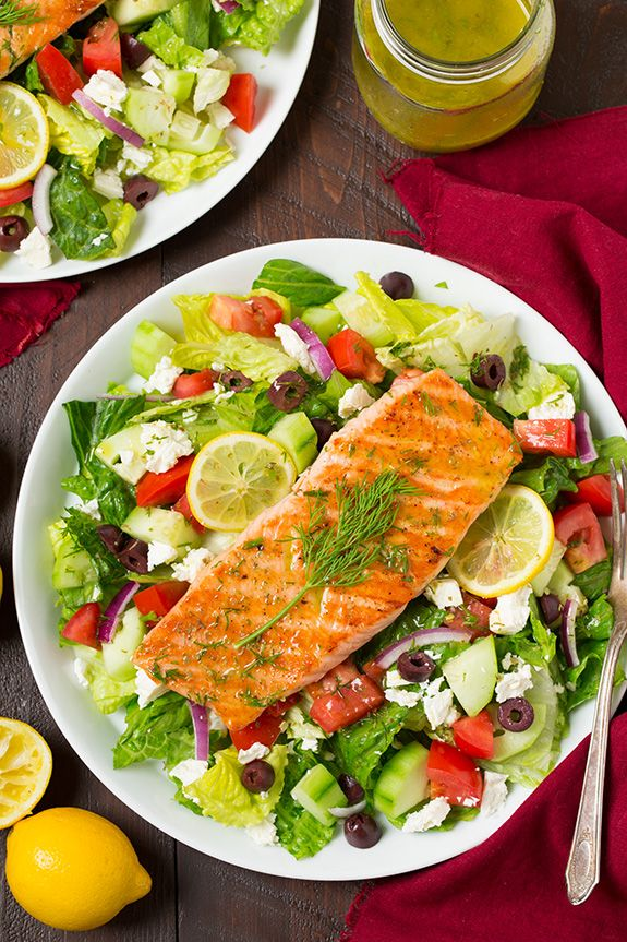 I love a good Greek salad with a vibrant lemon vinaigrette and salmon is one of my favorite dinners, so why not put the two together? I eat so many chicken