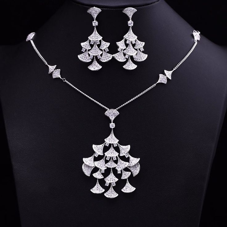Luxury Bell Shaped CZ Diamond Jewelry Set