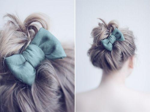 :)Hairbows, Hairstyles, Dresses Up, Bows Buns, Blue, Cute Hair, Messy Buns, Hair Bows, Accessories