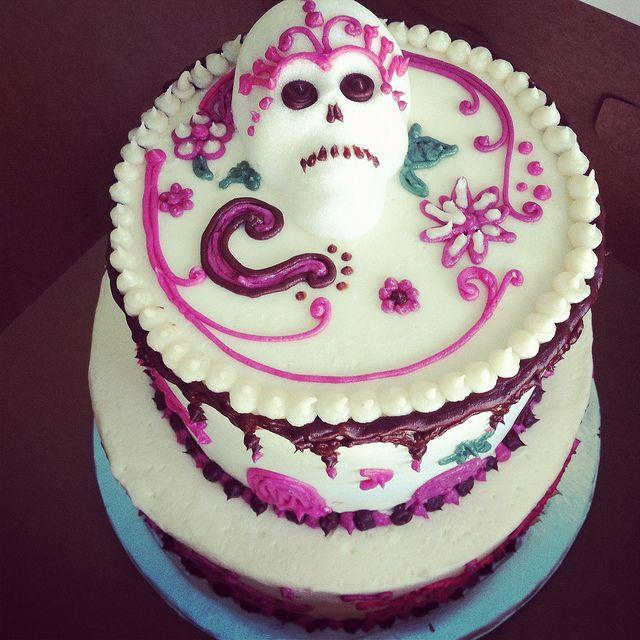 Dia de Los Muertos Cake by Short Street Cakes, via Flickr