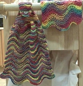 Free Knitted Hanging Dish Towel Patterns : 17 Best images about Knit hand towels on Pinterest Free pattern, Welcome ho...