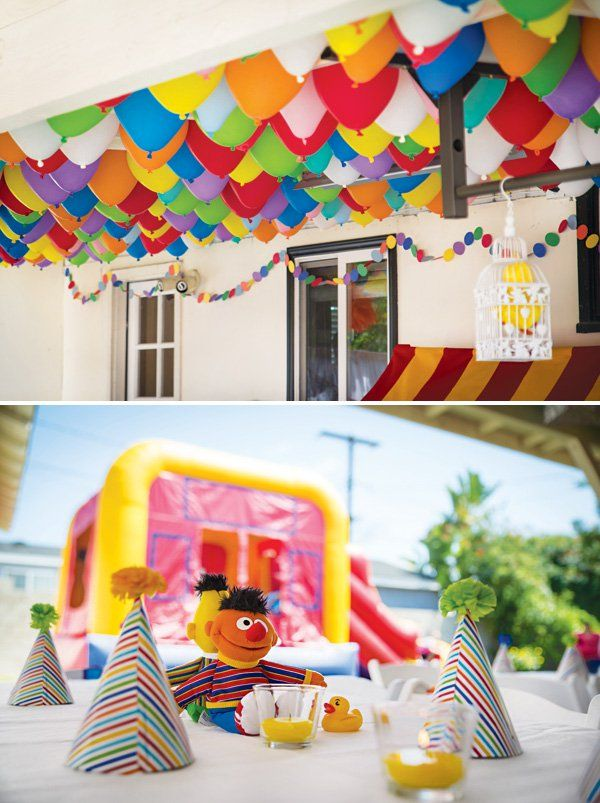 diy balloon ceiling for a birthday party
