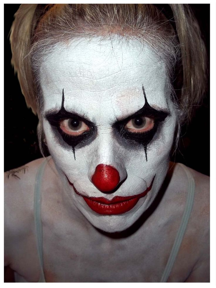 clowns are always one of the most popular design choices for both men and women - Easy Scary Halloween Face Painting Ideas