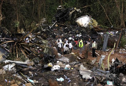 India identifies 104 victim bodies of plane crash ...